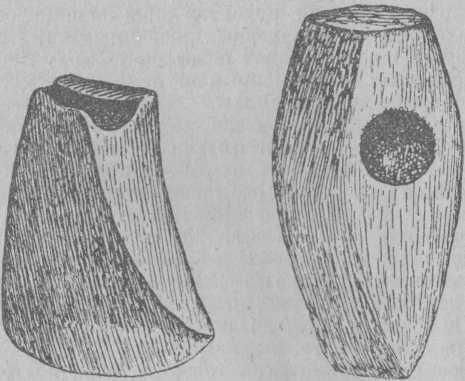 Рис. 6. Полированные каменные топоры.