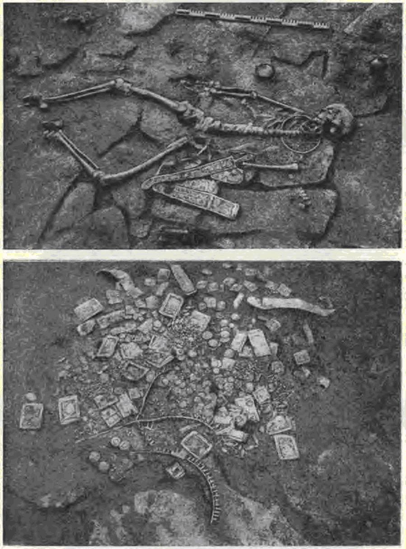 Погребение царя в склепе кургана «Пять братьев» . Золотые украшения из ларца на полу погребальной камеры. IV в. до н. э.
