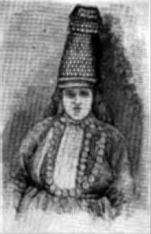 "Удмуртка в ""айшоне"" (фото 1889 г.)"