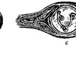 Рис. 15. Перстень-печать XII в. (а); его вид спереди (б)