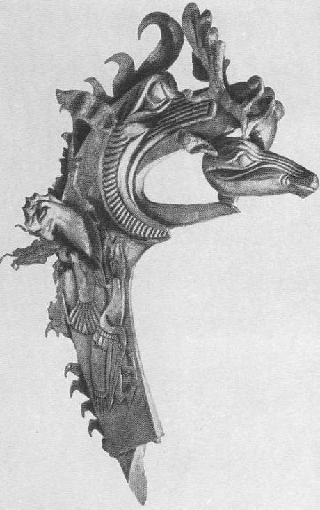 97. Грифон с головой оленя в клюве. Пазырык, второй курган.