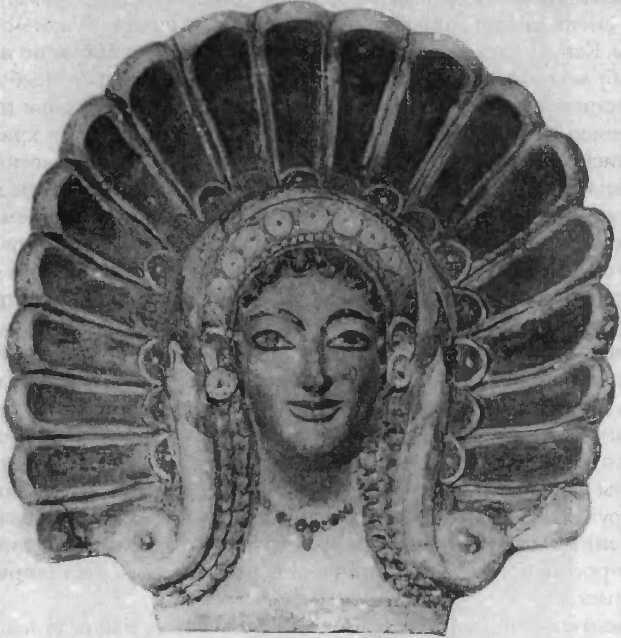 Терракотовый антефикс. Голова Менады в диадеме. Вейи (Портоначчо). Ок. 500г. до н.э.
