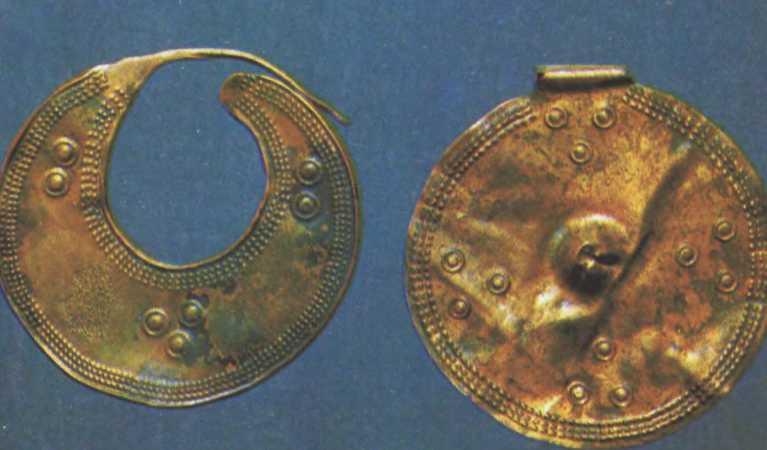 Балтские бронзовые украшения из Старой Ладоги