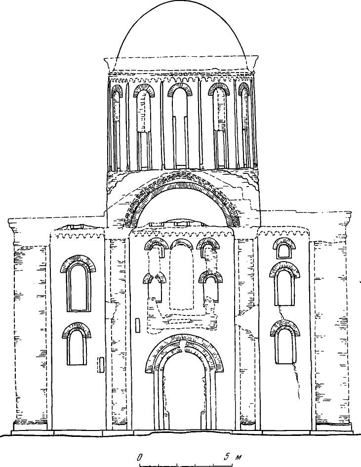 Рис. 2. Западный фасад. Древние части