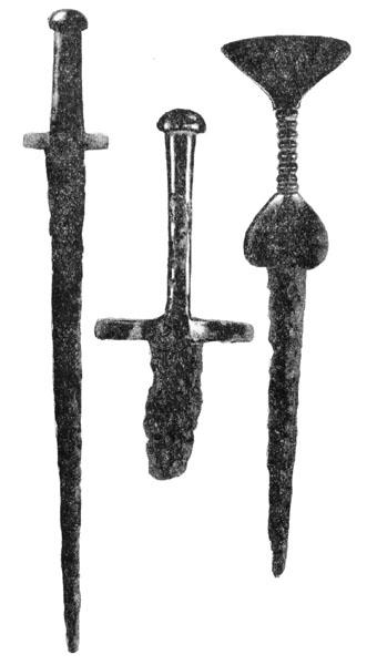 Рис. 116. Биметаллические мечи и кинжал с территории Чернолесской культуры