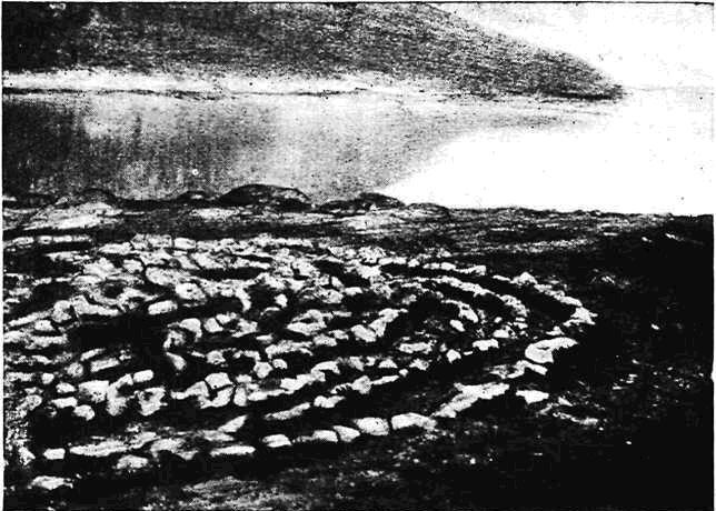 Каменный лабиринт («Вавилон») близ Кандалакши (по Н. Н. Гуриной)