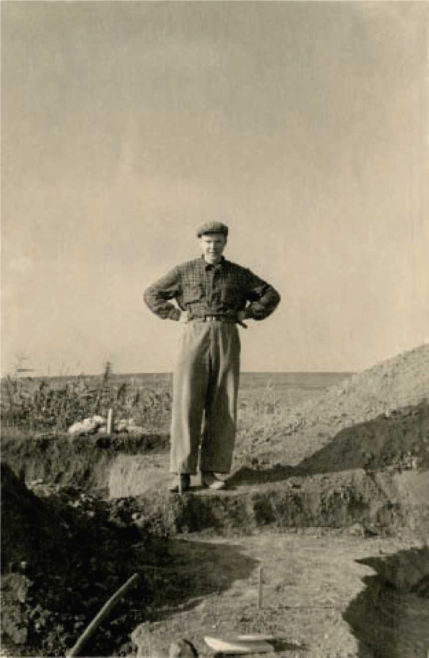 А.А. Формозов в экспедиции, начало 1950-х гг.