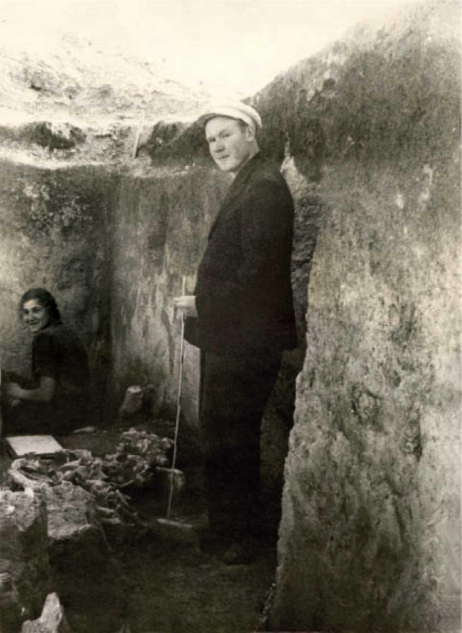 А.А. Формозов в Костенках, 1953 г.