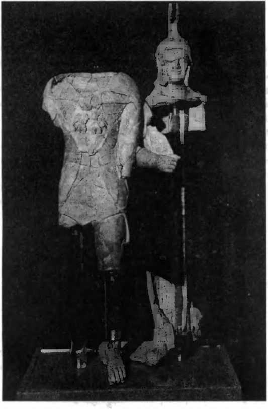 Храм Св. Омобоно. Геркулес и женское божество. Терракота