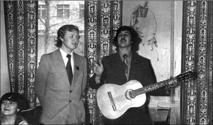 И.Г. Глушков (слева) и О.Н. Чертов. г. Омск. Январь 1978 г.