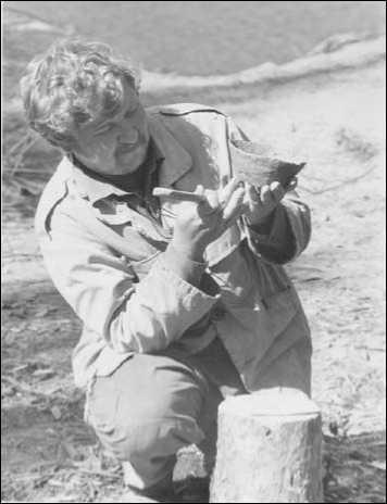 И.Г. Глушков в археологической экспедиции на р. Быстрый Кульёган. Сургутский р-н ХМАО — Югры. 2002 г.