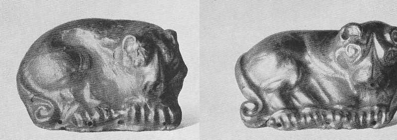 Золотые бляшки — фигуры лежащего льва. Тасмола, курган №3. (Открыть в новом окне)