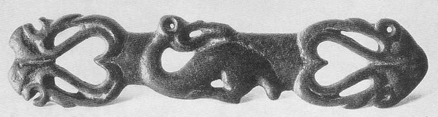 Бронзовая накладка с птицами. Нурманбет I, курган №2.