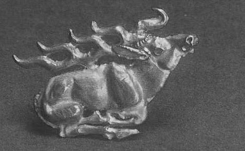 Золотая бляшка — лежащий олень. Чиликты, курган №5.