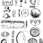 Рис. 9. Вещевой материал раннего железного века: 1—6 — бронза, 8 — кость, 7 и 9—12 — глина