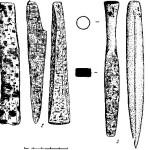 Рис. 4. Находки из Каракола. 1 — нож; 2, 4 — тесла; 3 — долото