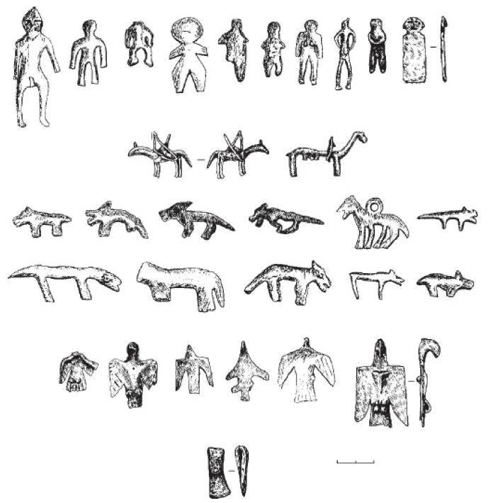 Рис. 42. Металлические вотивные предметы, найденные в Гляденовском костище II в. до н. э. - III в. н. э., Верхнее Прикамье: первый ряд сверху - антропоморфные фигурки, второй ряд сверху - фигурки всадников, третий и четвертый ряды сверху - фигурки собак, второй ряд снизу - фигурки птиц, внизу - вотивный топорик.