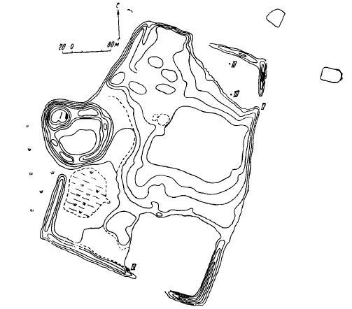 Рис. 1. План городища Кулдор-тепе. Глазомерная съемка Г. В. Григорьева. I — раскоп I; II — раскоп II; III — шурфы; IV — зачистка кладок южной стены.