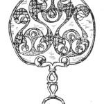 Рис. 43. Зеркало с гравированным орнаментом