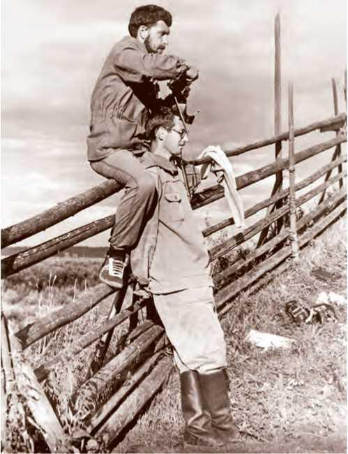 Н. А. Макаров и С. А. Сидоров в экспедиции в Вологодской области. 1986 г.