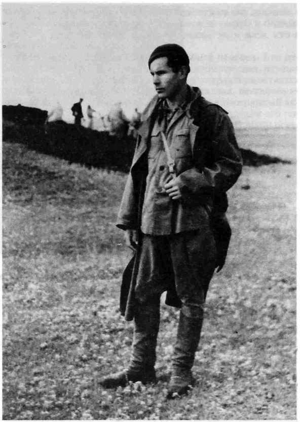 Рис. 3. Н.Я. Мерперт - руководитель отряда Куйбышевской археологической экспедиции (Средняя Волга, 1950).