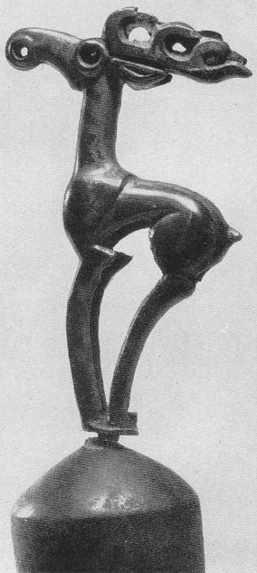 130. Фигура оленя на колоколовидном навершии. Минусинская степь.