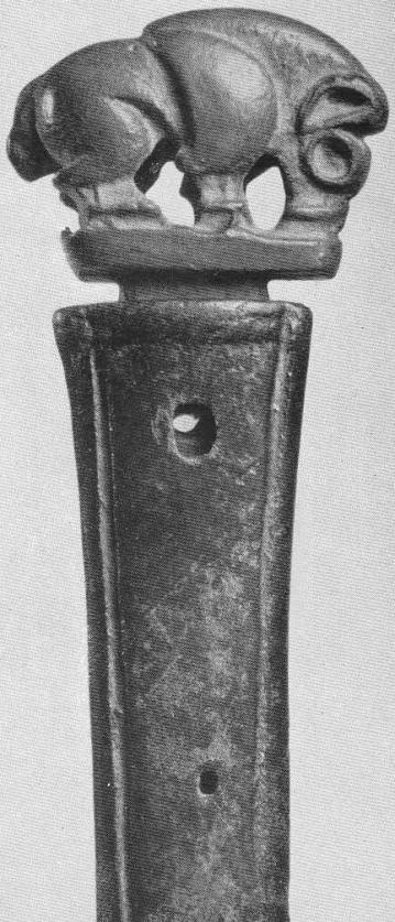 131. Кабан на ручке бронзового кинжала. Минусинская степь.