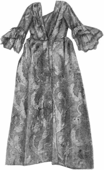Рис. 14б. Платье XVIII в. из Георгиевского монастыря