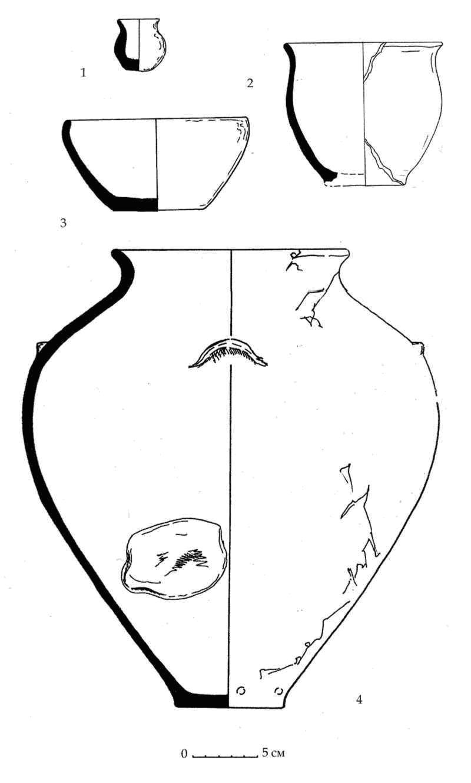 Рис. 51. Лепные сосуды горизонта D из Южного дворца