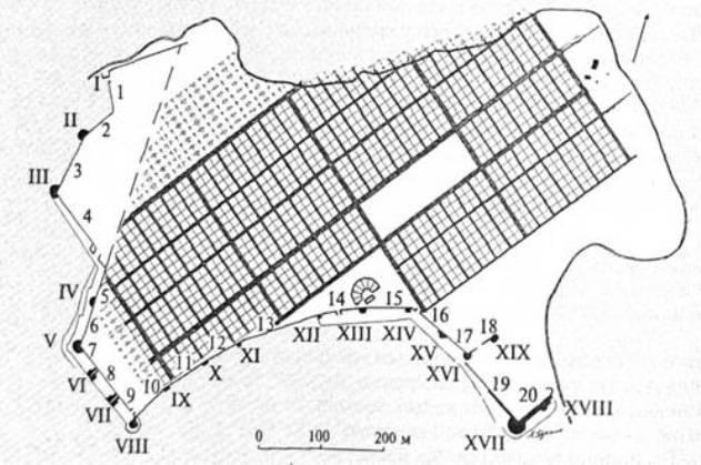 Рис. 13. Ідеальний містобудівельний план Херсонеса. Римськими цифрами позначено номери башт, арабськими — куртин (за А. В. Буйських)