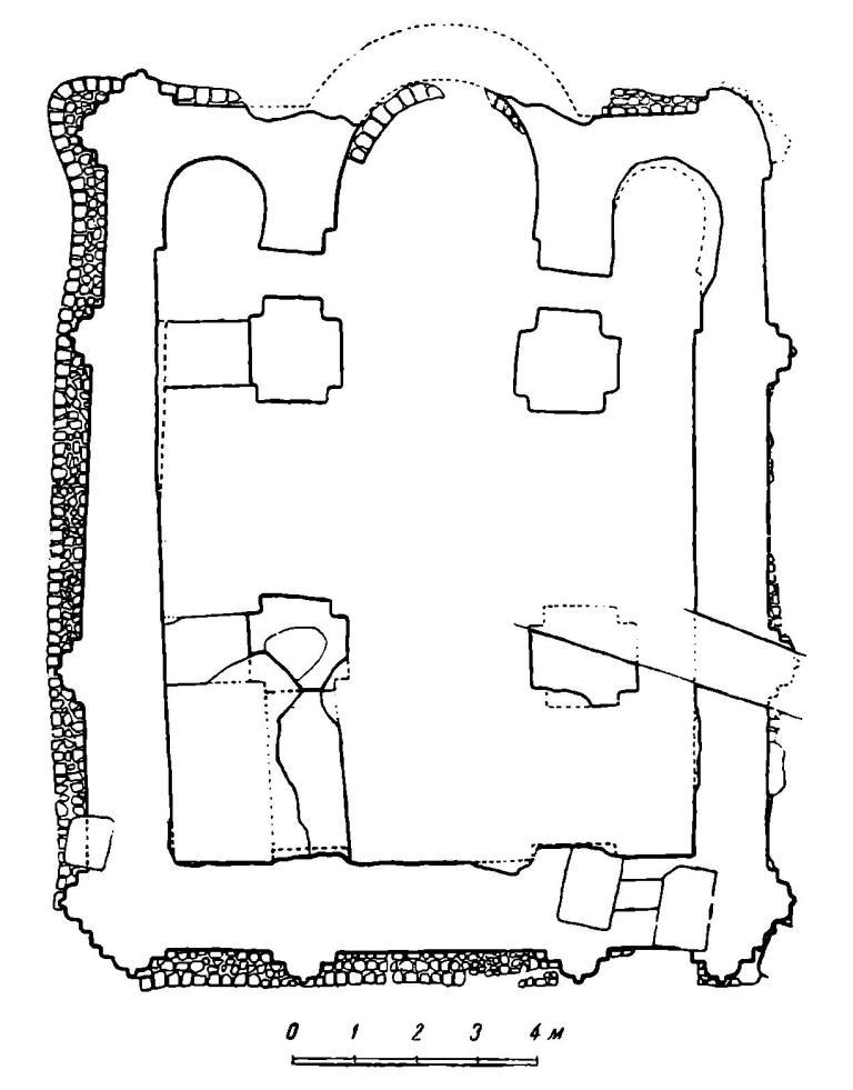 Рис. 496. Киев. План храма на Вознесенском спуске (по данным раскопок 1947 г.).