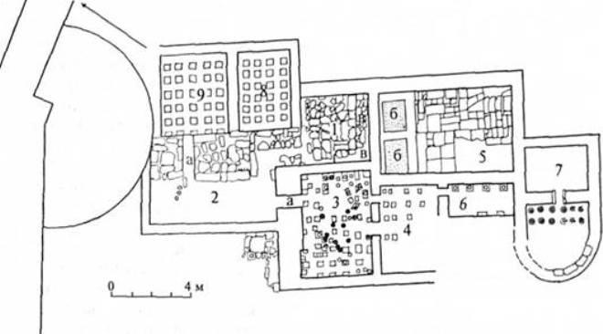 Рис. 31. Схематичний план терм другої половини II — першої половини III ст. на території цитаделі Херсонеса (за І. А. Антоновою та В. М. Зубарем): а — печі; б — ванни; в — лавки; 1—9 — приміщення терм