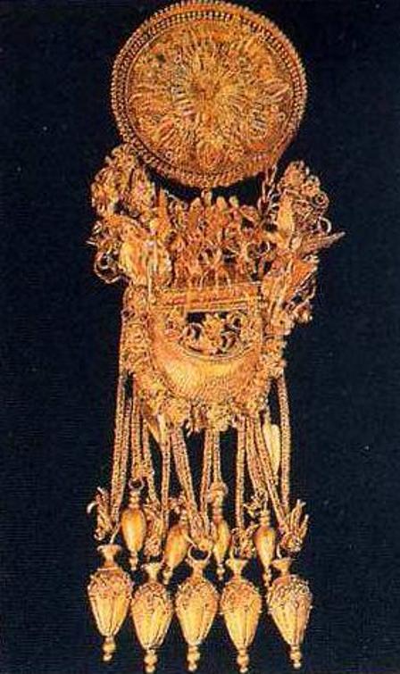 Золотая серьга,Феодосия, IV в.
