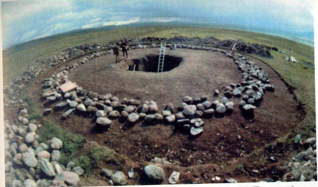 Раскопки кургана пазырыкской культуры, Горный Алтай (по Н.В. Полосьмак)