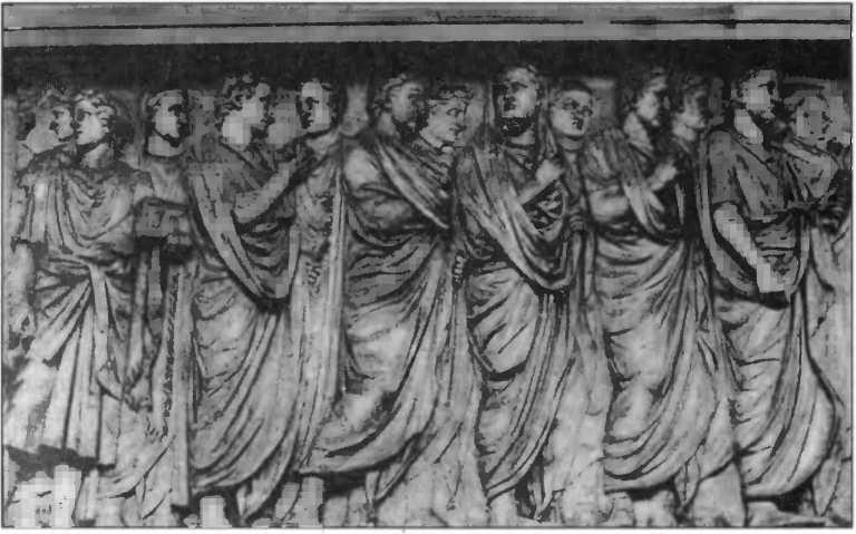 Рельеф Алтаря Мира. Религиозная процессия