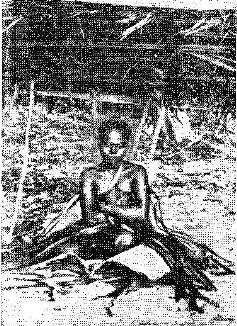 Андаманская девушка во время обряда инициации