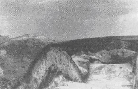 Рис. 73. Раскопки вала на городище Титчиха. (Фото А. Н. Москаленко)