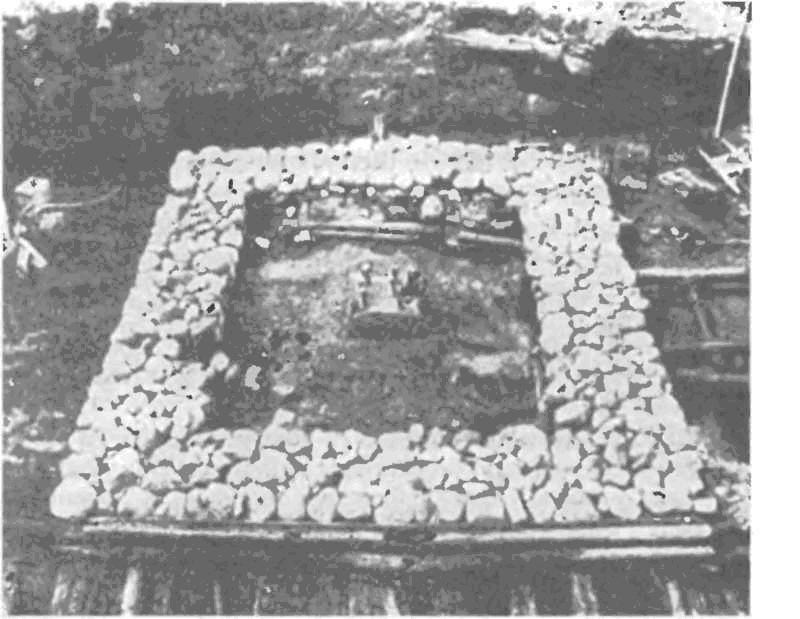 Фундамент каменного дома новгородского посадника Юрия Онцифировича