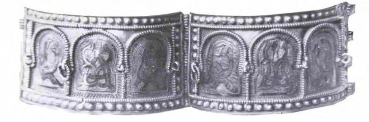 Рис. 1. Серебряный браслет-наруч из Шанчайского клада