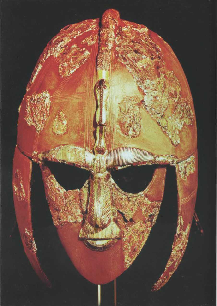 Шлем конунга из погребения в Саттон-Ху
