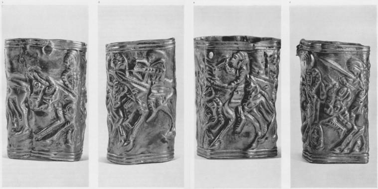 192 а, б, в, г. Золотая оковка со сценой возвращения воинов из набега (увеличено). Сибирская коллекция.