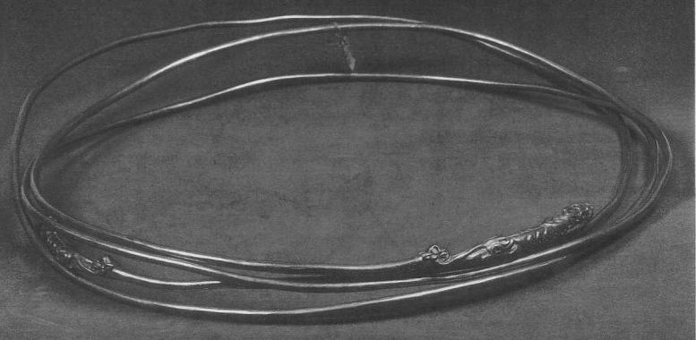 238. Проволочная гривна с фигурками львов на концах. Сибирская коллекция.