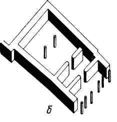 План (б) другого сооружения, чрезвычайно напоминающего позднейшие постройки типа мегарона.