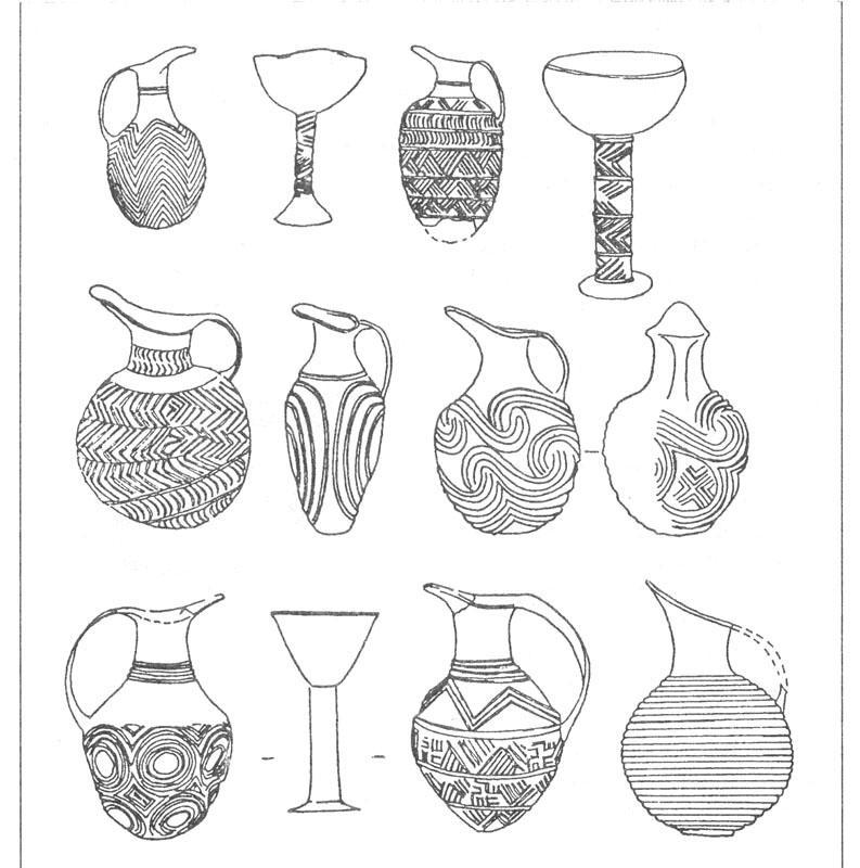 Рис. 55. Золотые и серебряные сосуды из могильников Аладжа и Махматлар [Mellaart J., 1966].
