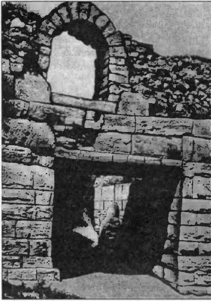 Участок оборонительной стены Херсонеса