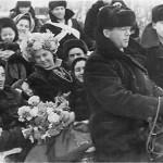 Рис. 3. Свадебный поезд после выкупа. 1959 г. (из фонда РРКМ)