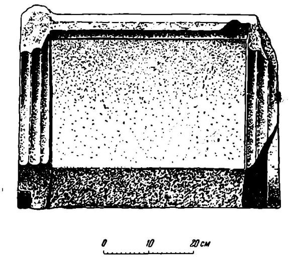 Рис. 3. Мраморный трон (вид сбоку)