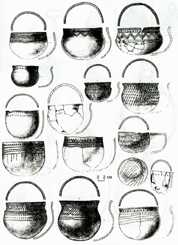 Рис. 41. Керамика верхнеобской культуры.