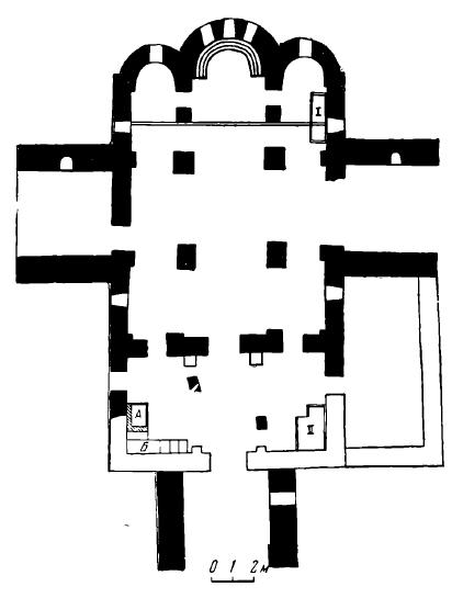 Рис. 2. План северного Зеленчукского храма. Не залиты тушью те части, которые были открыты раскопками 1969 г.