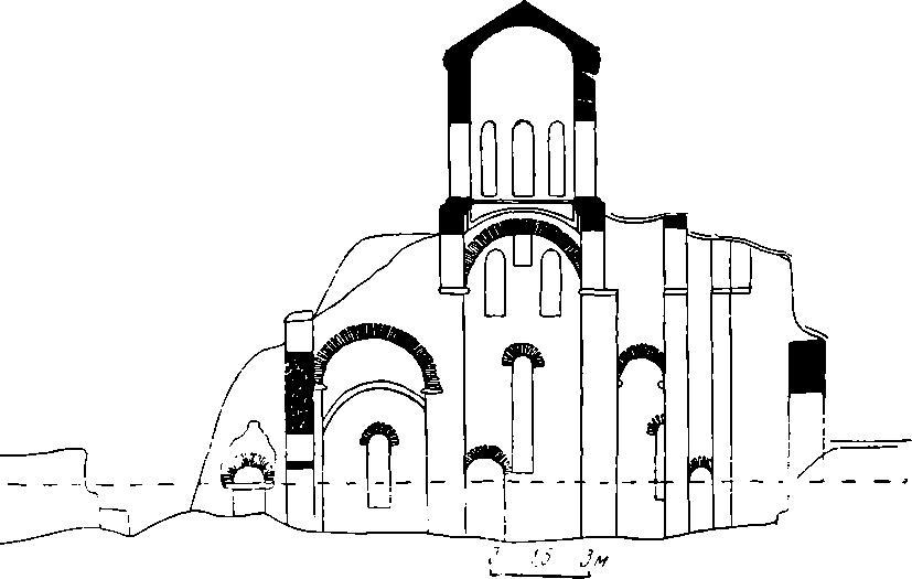Рис. 3. Разрез северного Зеленчукского храма по продольной оси, до производства раскопок.